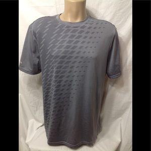 Men's size 42-44 RUSSELL 360 Ventilation t-shirt